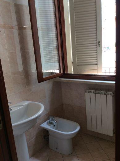 Cremona cremona cr appartamento affitto non arredato for Affitto arredato cremona privato